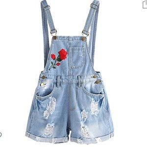 Denim - 🌹cute overall shorts with rose design!